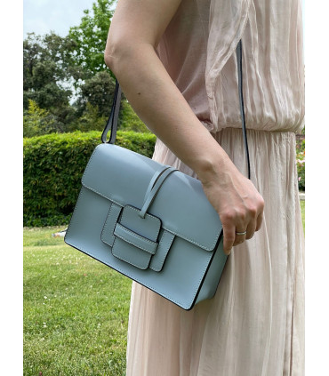 Smooth leather satchel bag with a lap
