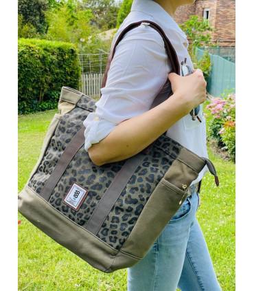 Camouflage shopper bag