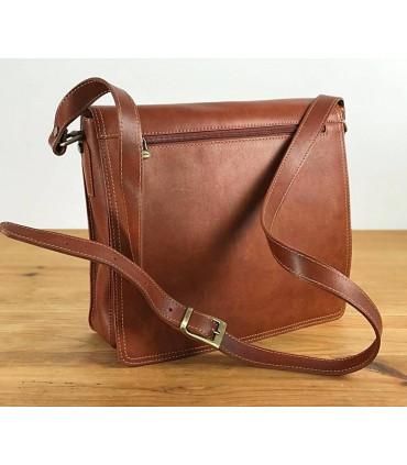 Leather shoulder bag for documents