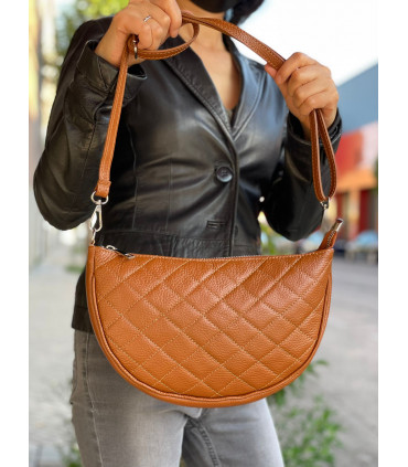 Leather crossbag with half-moon design